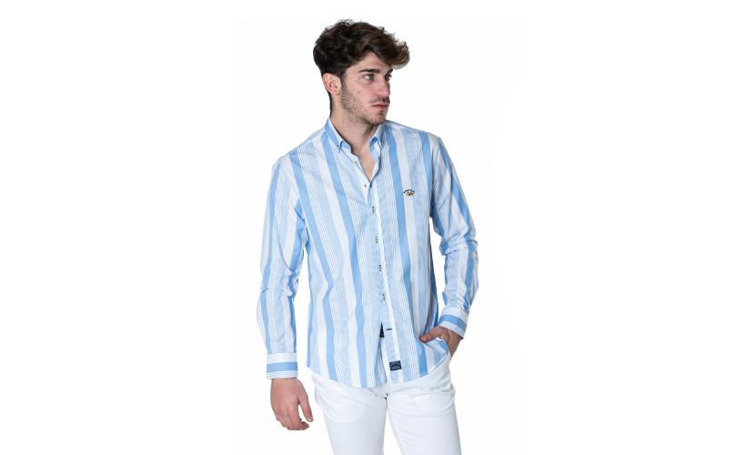 Camisa cuello botón popelin con 15% dto