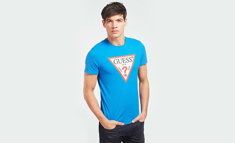 Camiseta logo Guess con 15% dto