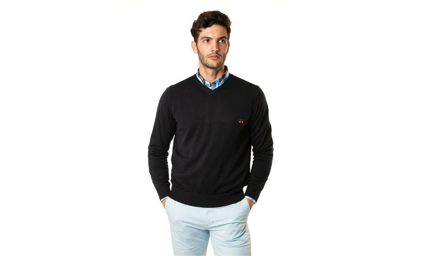 Jersey cuello pico básico con 15% dto